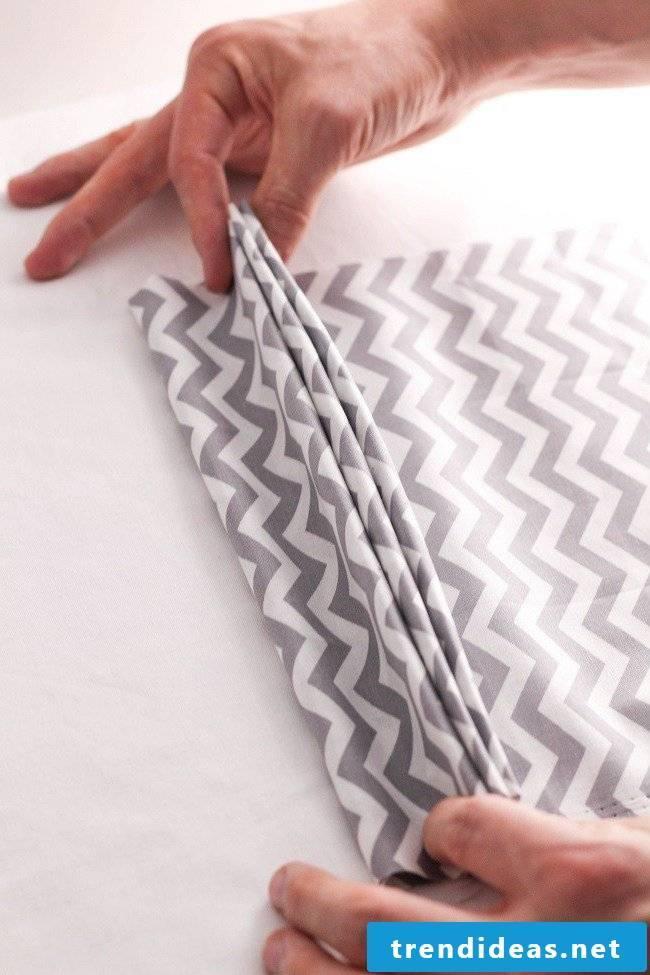 Napkins folding fan instructions step 5