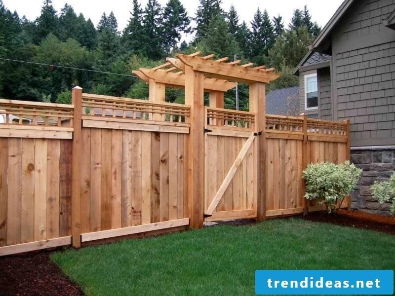 Build wooden garden gate yourself
