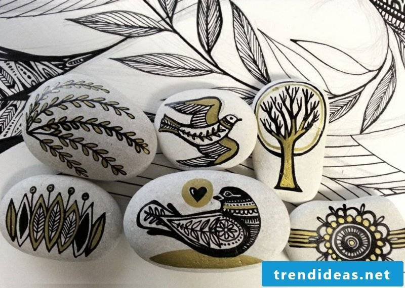 painted stones nature