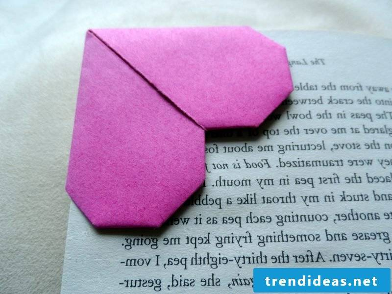 Make bookmarks yourself heart