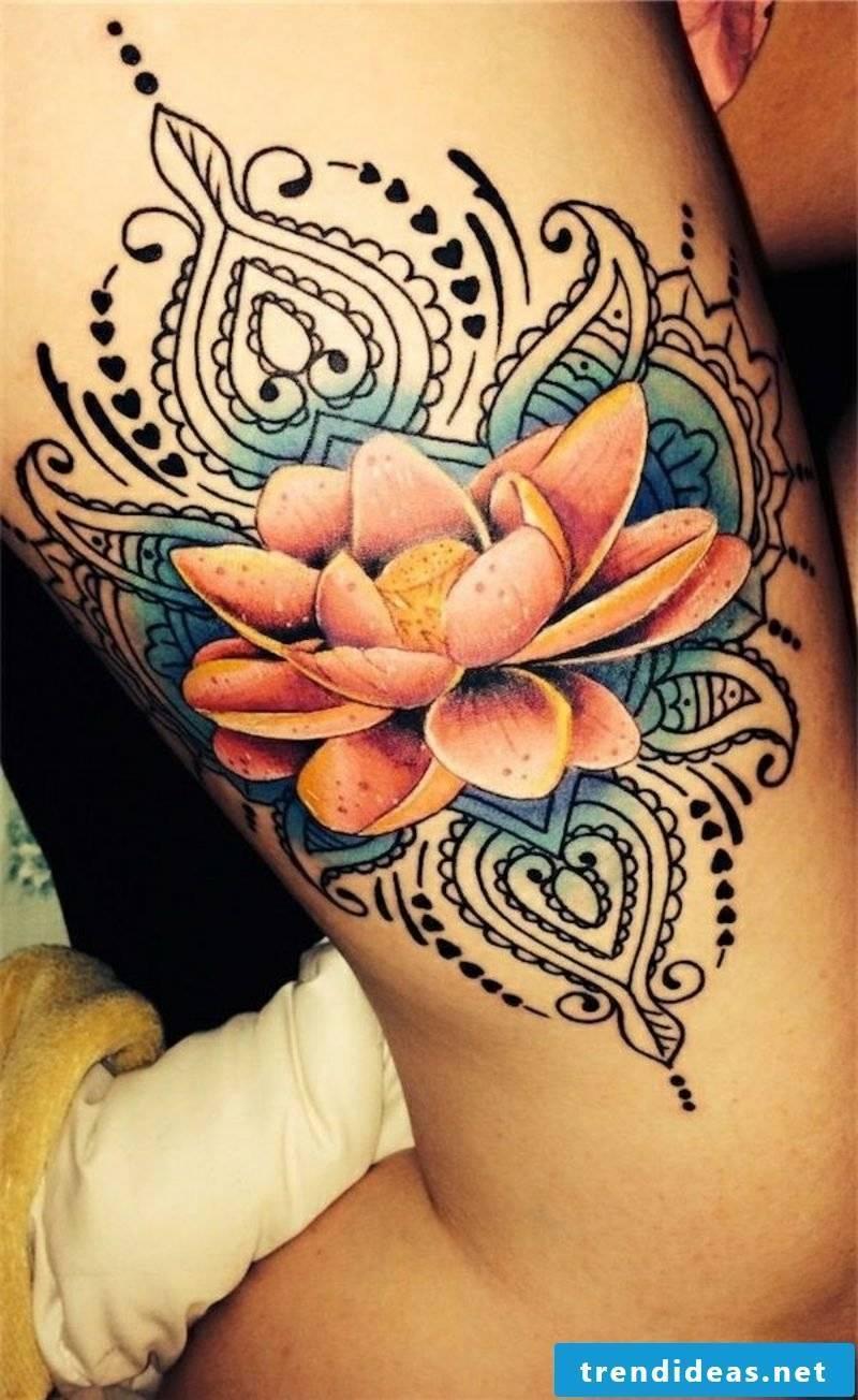 a traditional tattoo motif