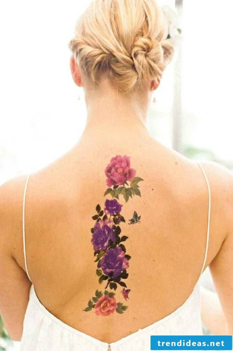 Flower tattoos of different types