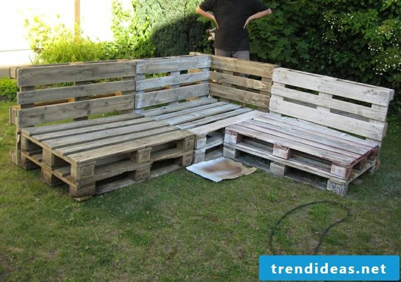DIY corner bench europallets