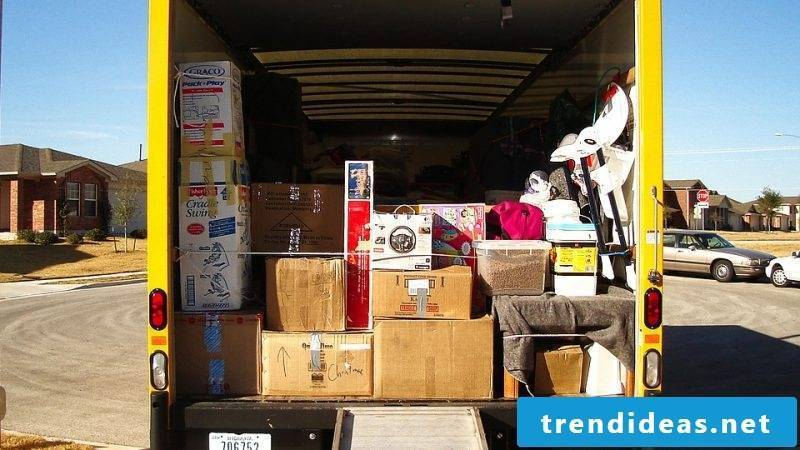 Moving by freight forwarding advantages