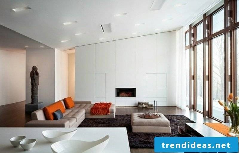 Living room in white with big windows