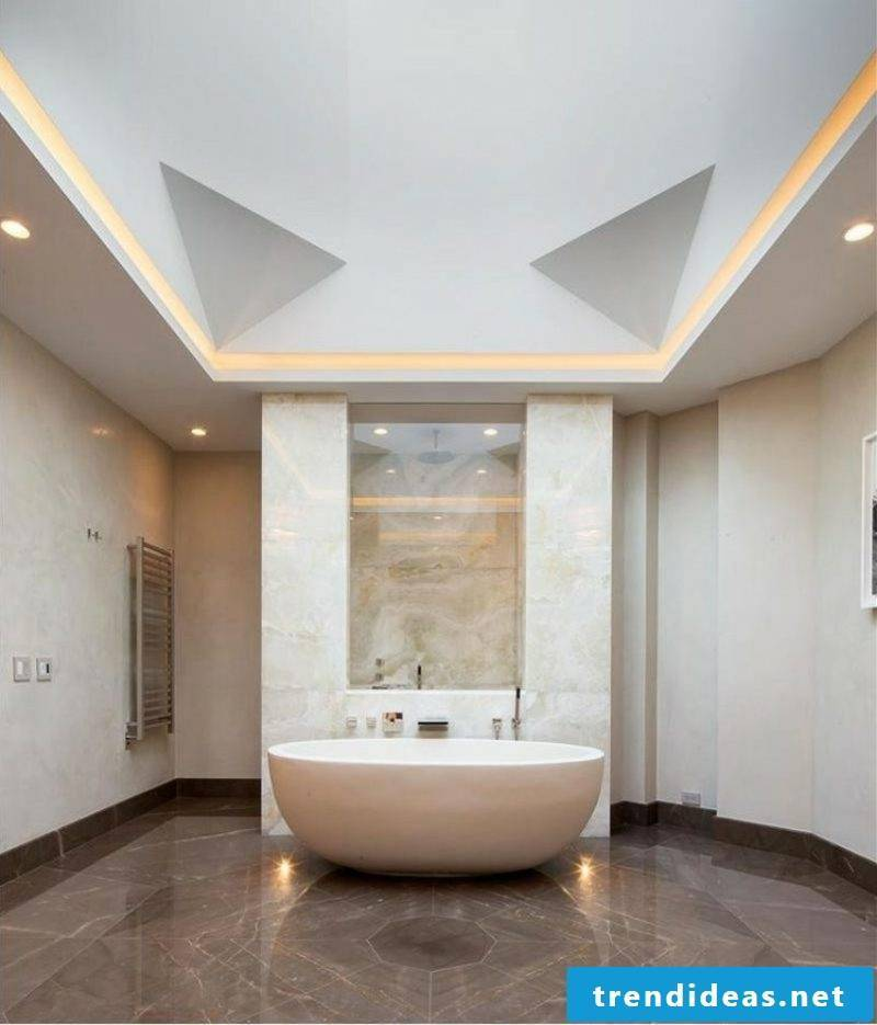 Bathroom with indirect ceiling lighting