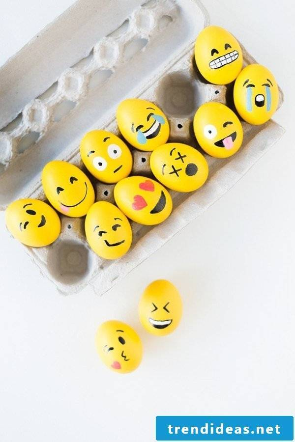 Read here what you need to paint these funny eggs faces