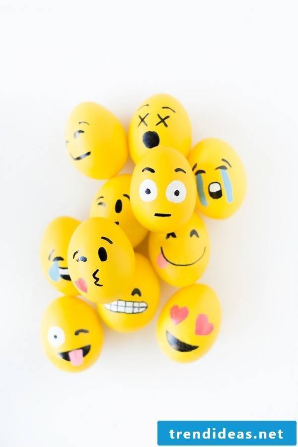 The funny eggs - faces in emoji style guarantee you a stunning easter egg hunt!