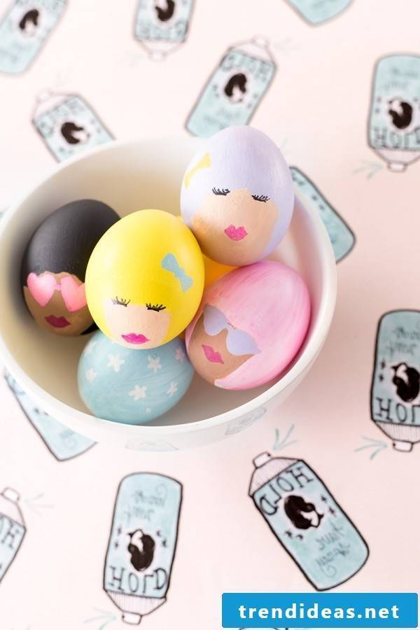 DIY funny eggs faces - read all the steps here