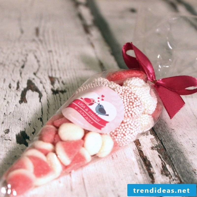 Give Aways Wedding Candy Tute
