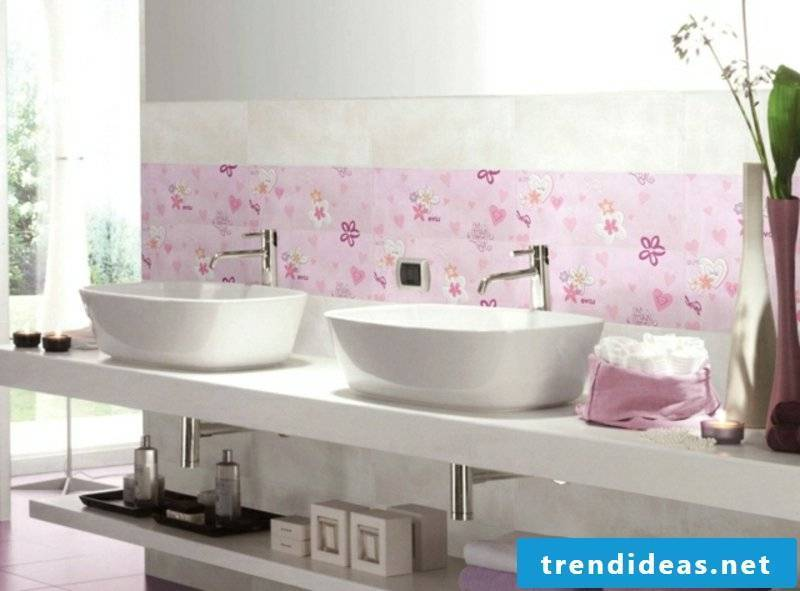 Tile pattern kids bathroom