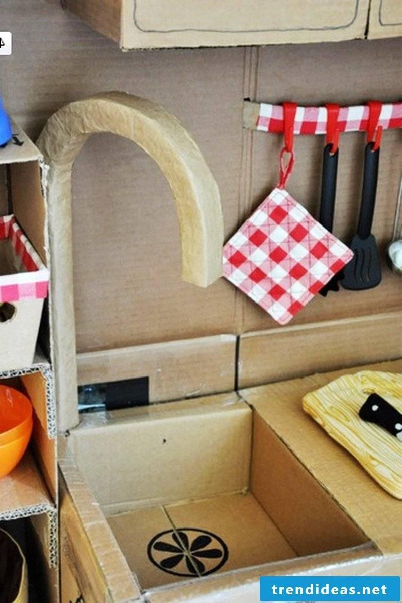 Children's kitchen build yourself: wash plate