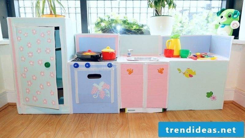 Build your own children's kitchen for your child