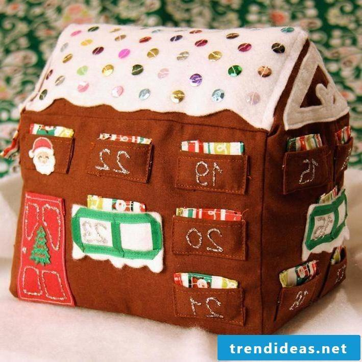 Advent calendars sew in the form of a house