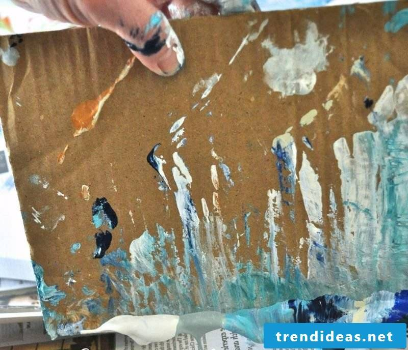 Instructions to paint canvas