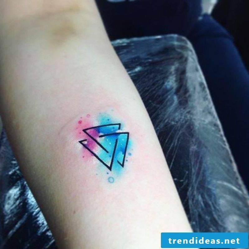 Tattoo watercolor geometric motifs modern