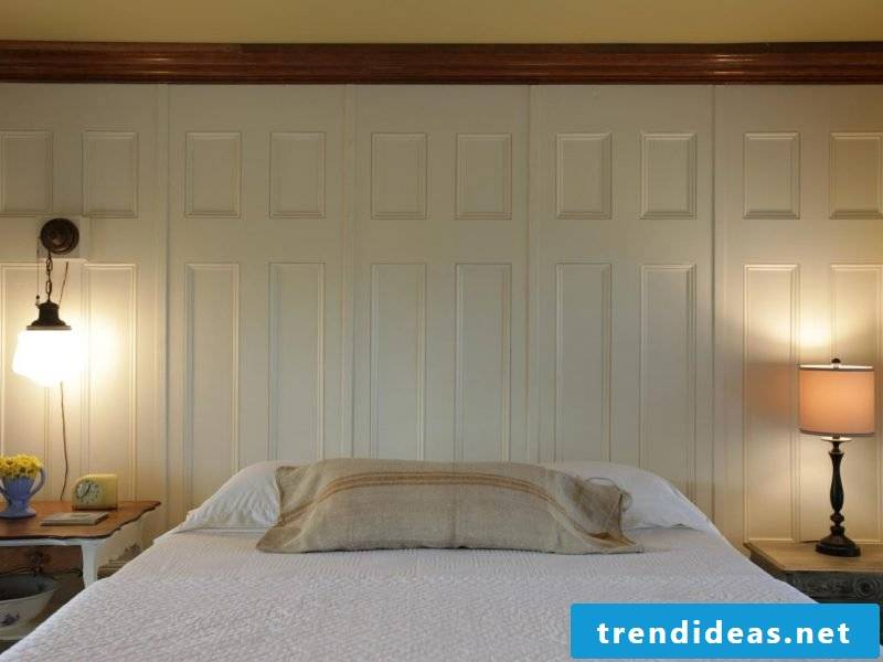 Wood wallcovering in white
