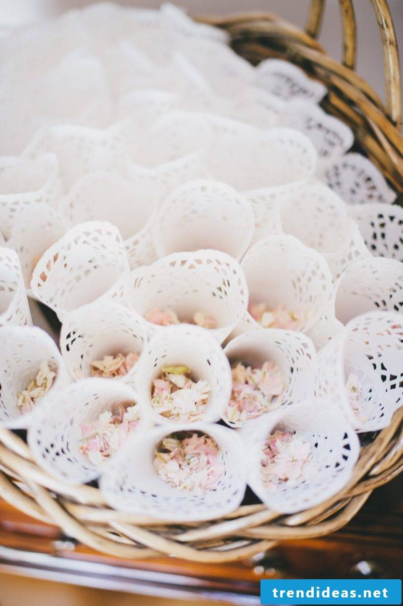 wedding favors confetti