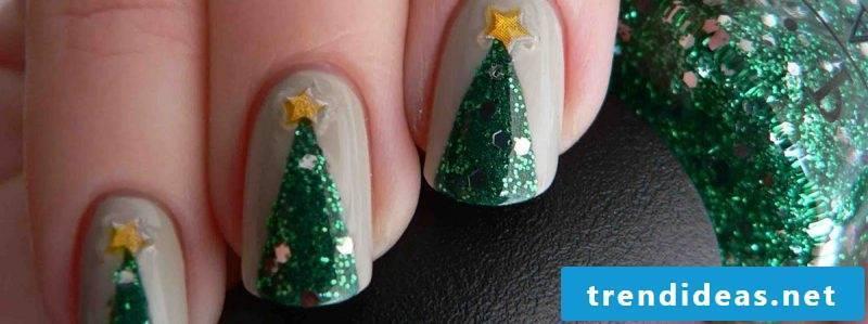 Gel nails pattern Christmas tree DIY idea