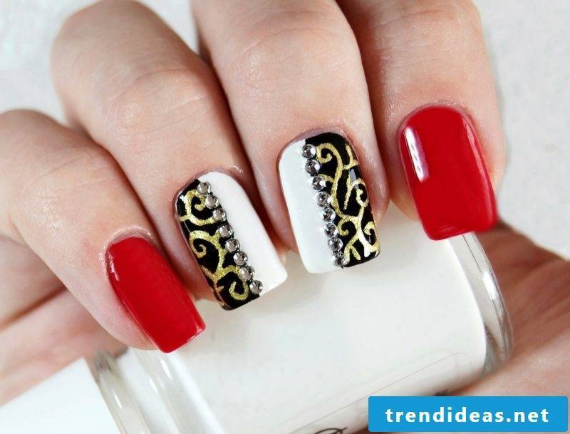 Gel nails pattern - colors for Christmas