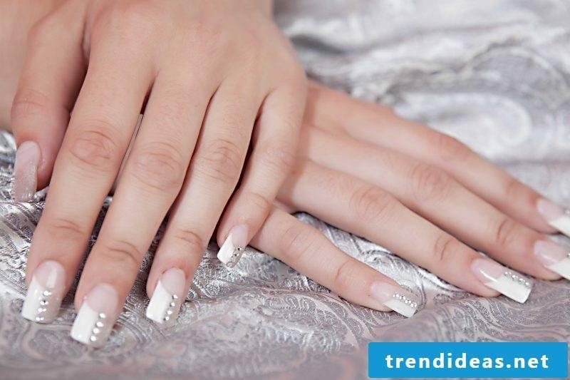 wedding nails modern