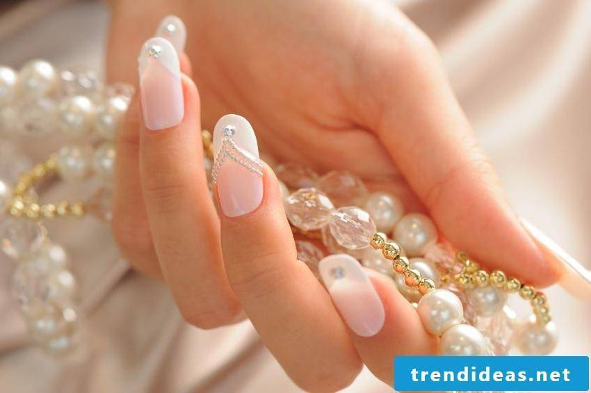 tender wedding nails