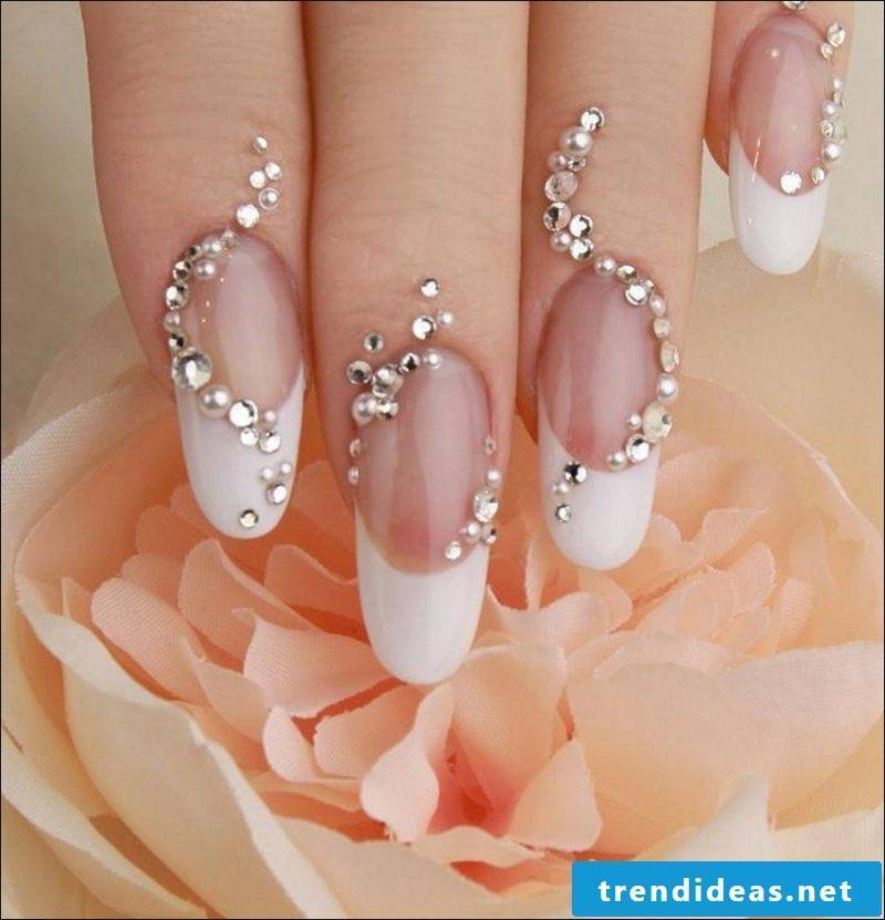 decorated wedding nails