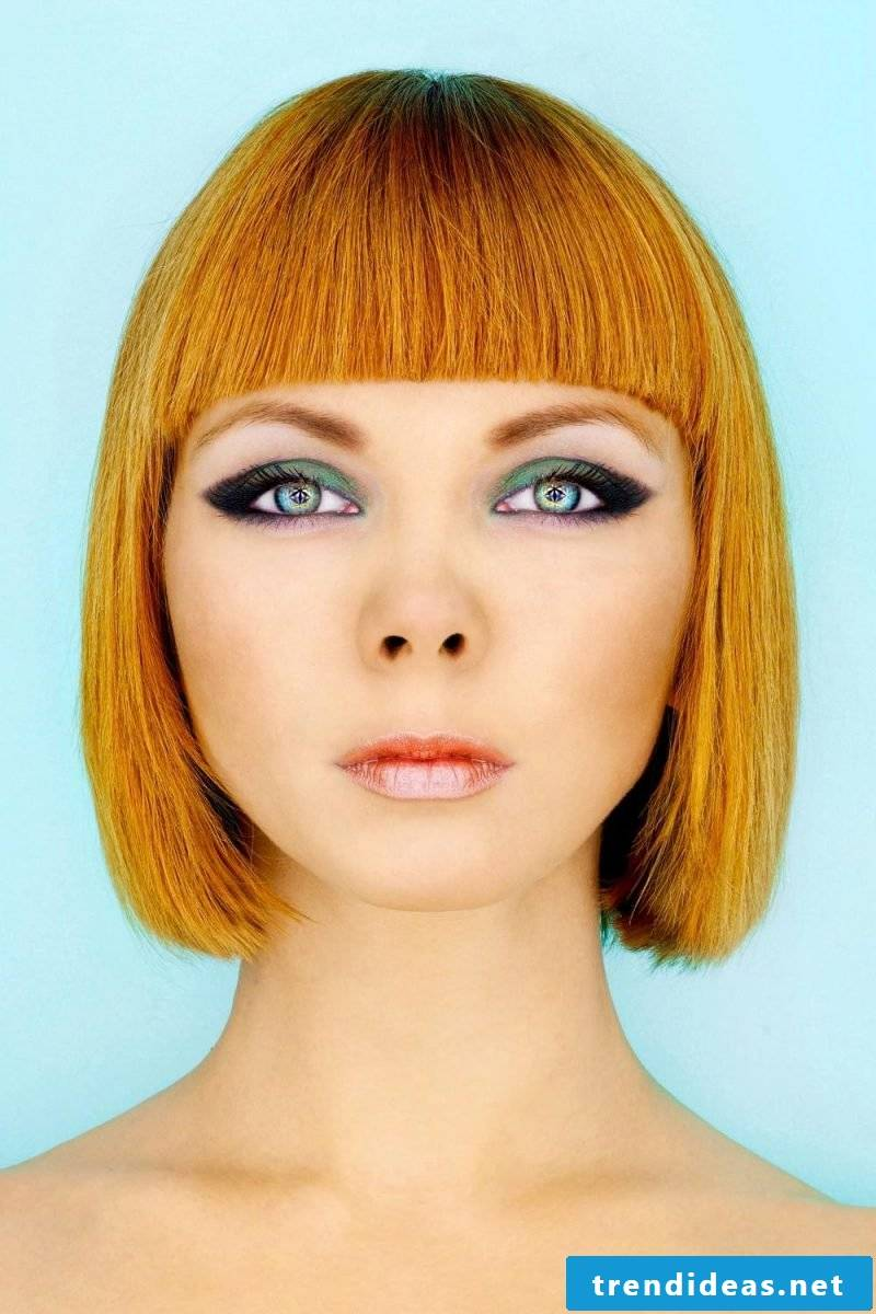 ladies short hairstyles pictures chin length