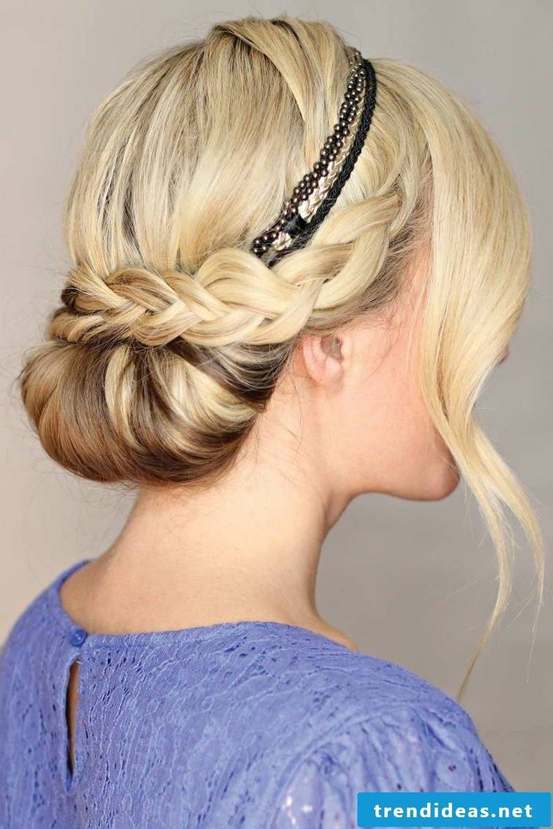 Hairstyles with hairband raised hair elegant bun