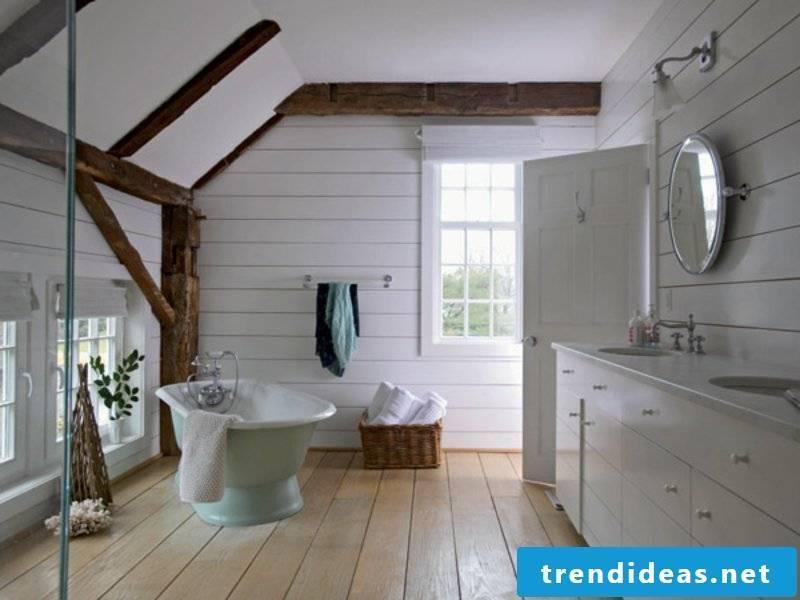 minimalism in vintage bathroom