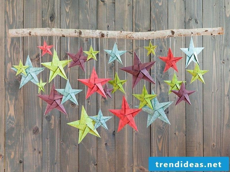 Christmas motives for expressing stars