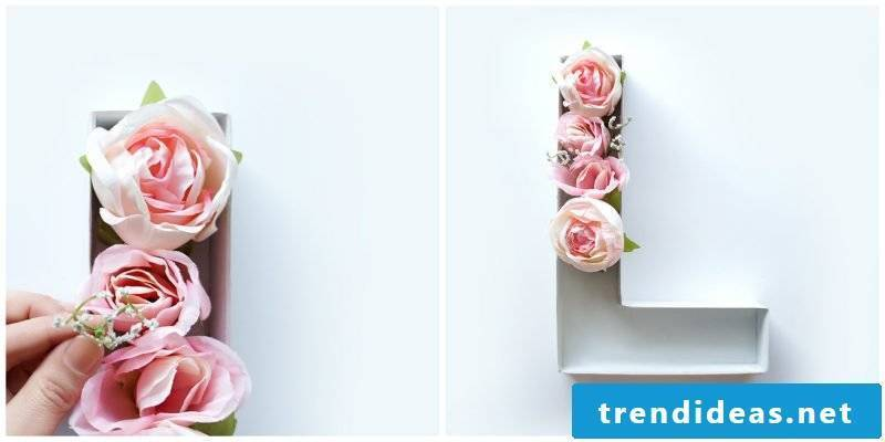 DIY monogram: make flowers letters yourself