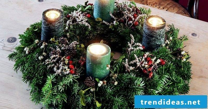 Advent wreath traditionally order with pine cones