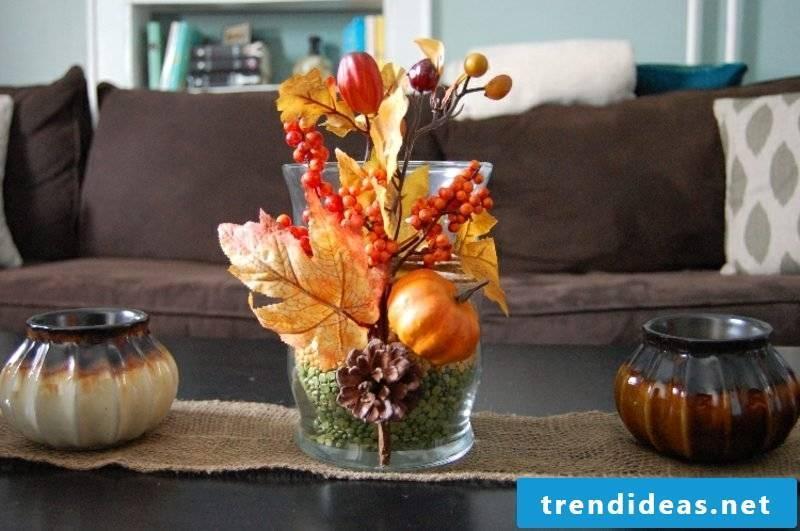 Table decoration autumn natural materials
