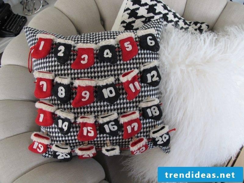 Sewing advent calendar - idea on pillow