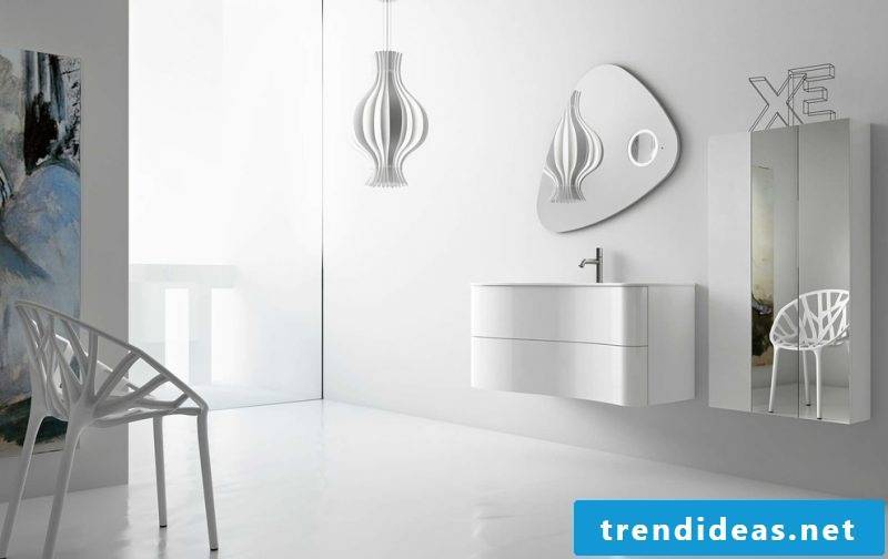badgetsaltung ideas in white color with a simple design