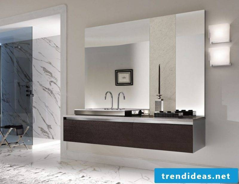 badgetsaltung ideas with ceramic floor and big modern mirror underneath with wooden vanity top
