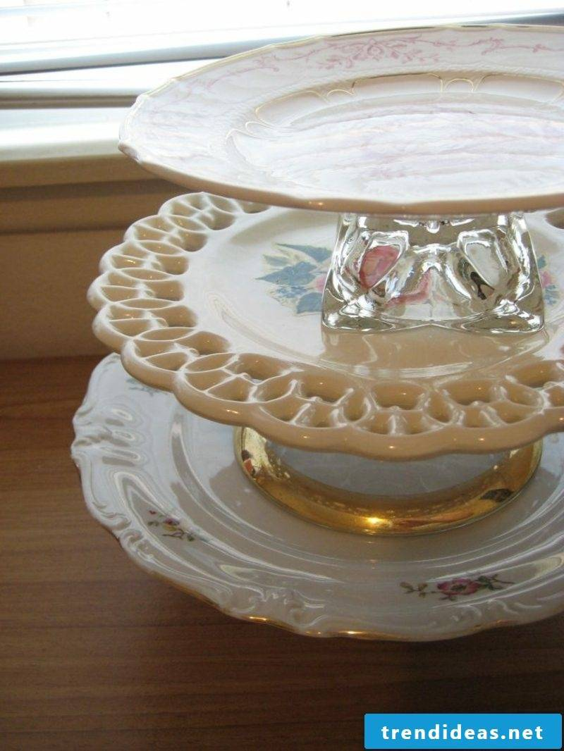 Etagere original plates with golden ornaments