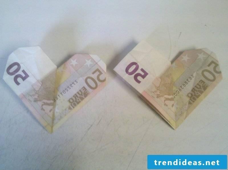 money heart fold dear