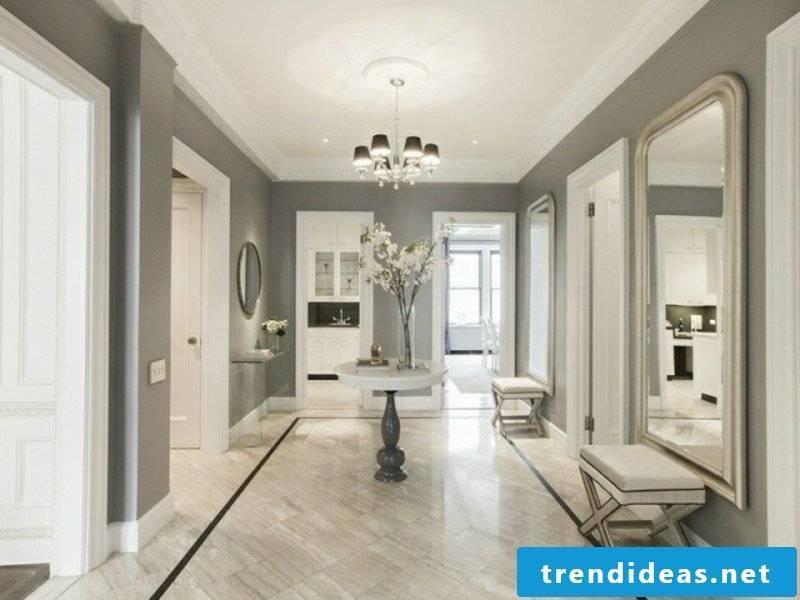Color scheme in the corridor light gray
