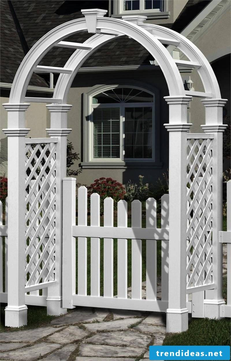 Build garden gate yourself: White color gives a charming look