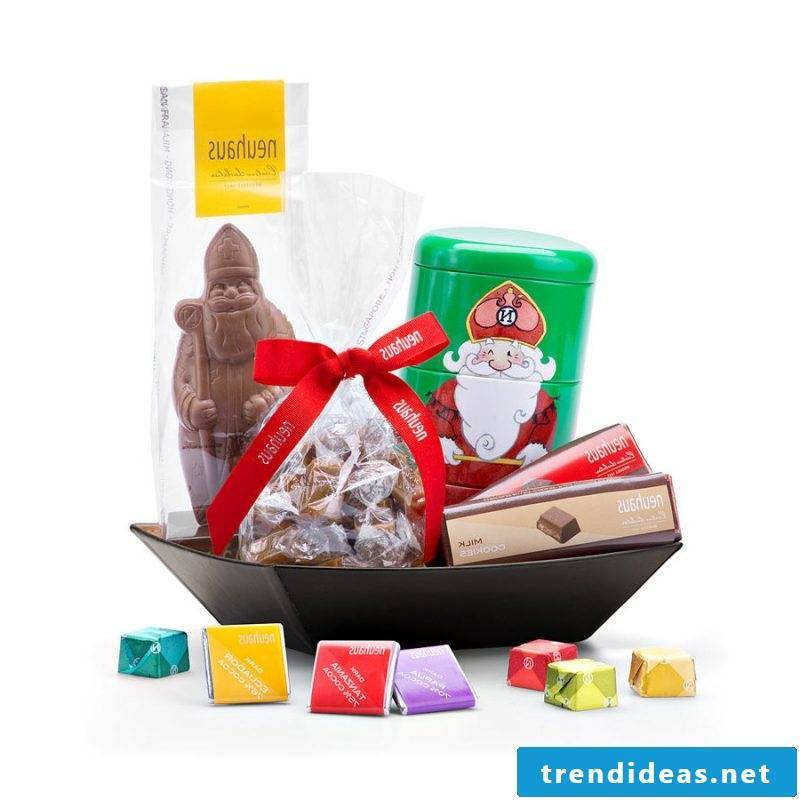 Nicholas gifts chocolate
