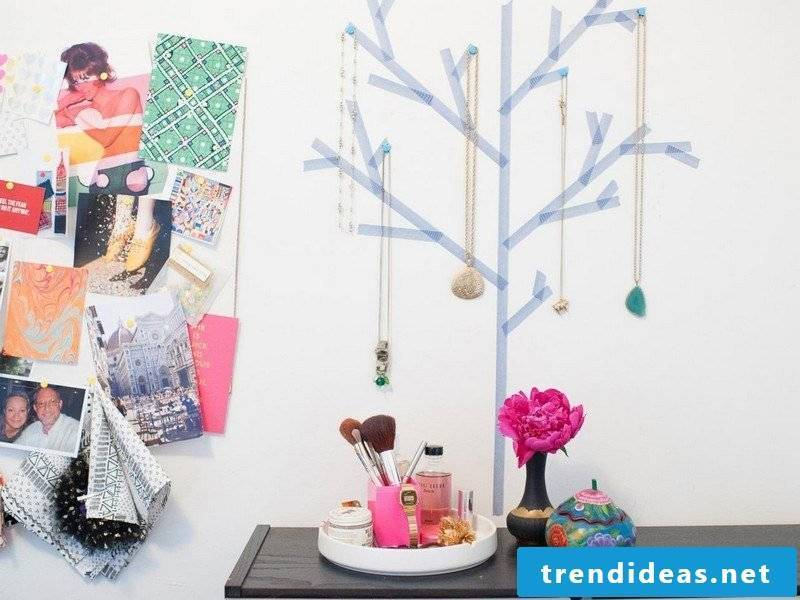 Crafting ideas jewelry stand