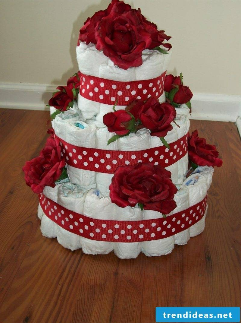 Instructions diaper cake with flowers