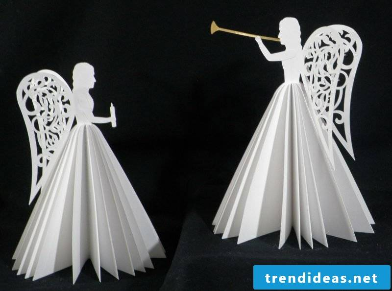 Craft instructions for Christmas delicate angel figures made of paper