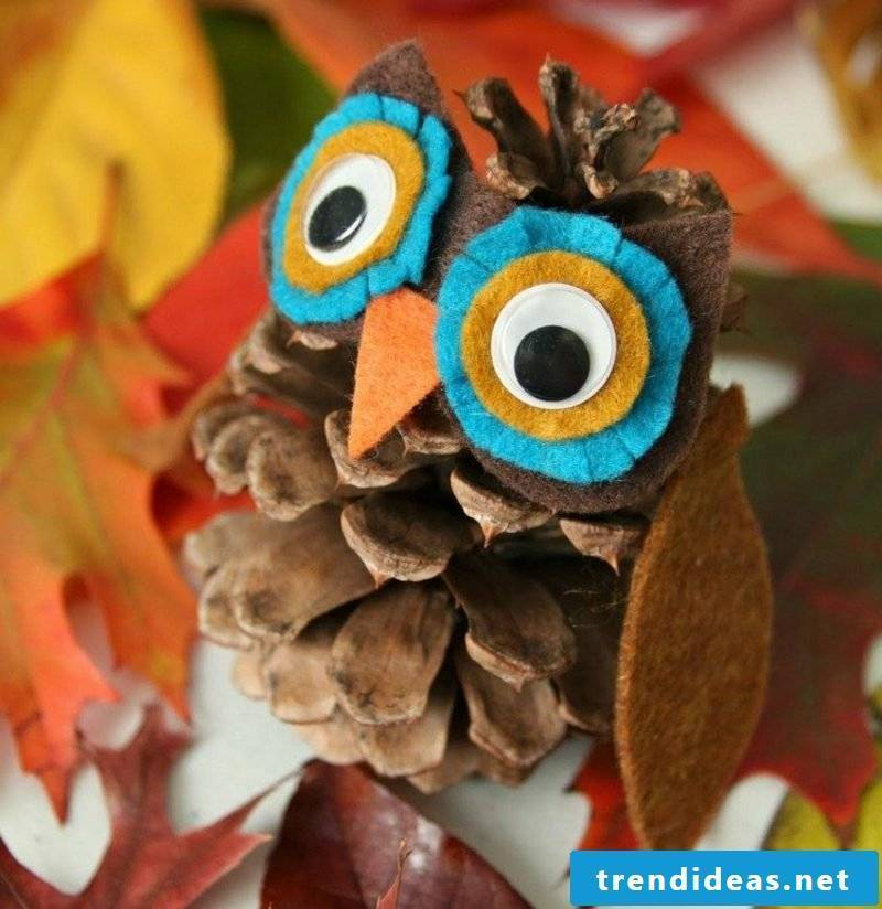 Crafting instructions for Christmas funny owl