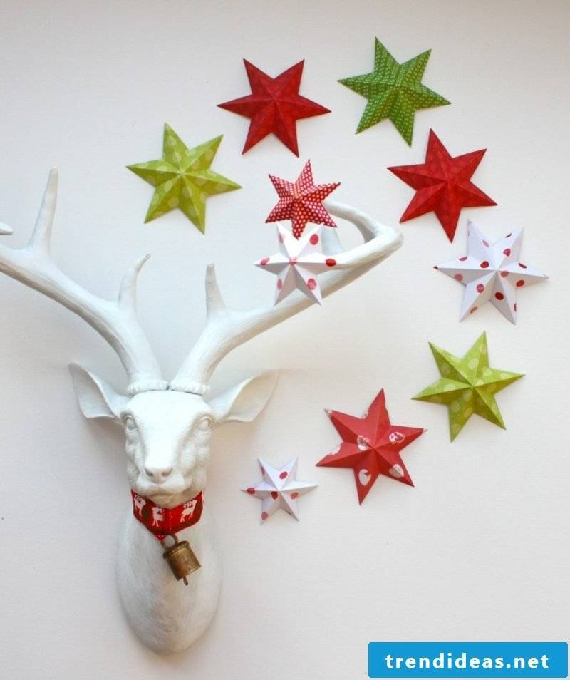 Handicrafts for Christmas colorful paper stars