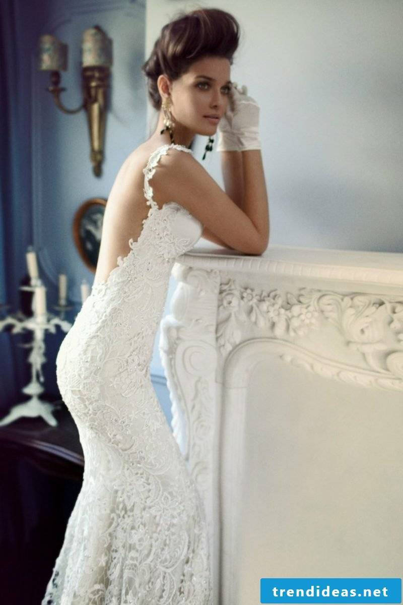 stunning tight wedding dress with lace