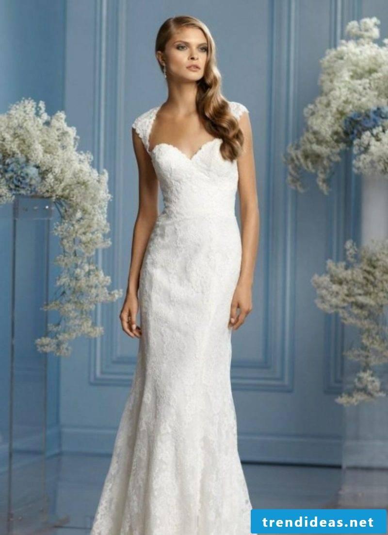 elegant long wedding dress with laces