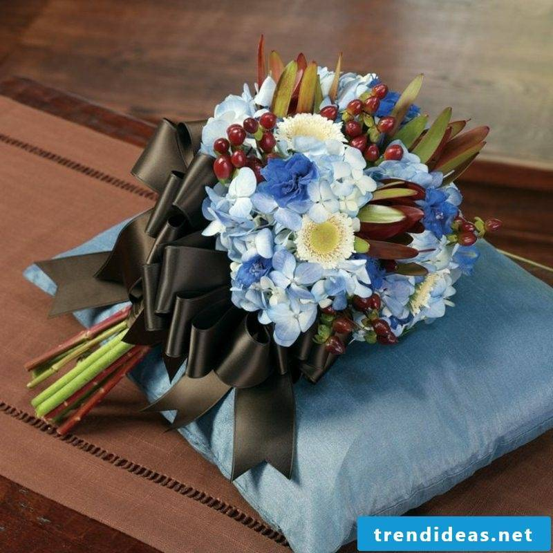Wedding bouquet light blue